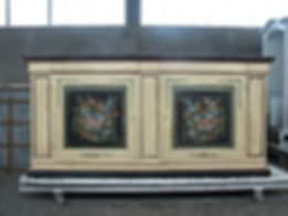 Credenzone laccato, credenzone decorato, madia decorata