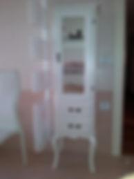 vetrina provenzale, vetrine su misura, vetrina classica, vetrina laccata