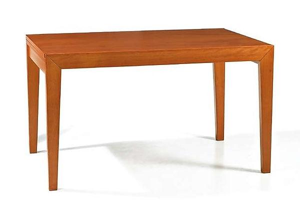 Tavolo modrno in legno