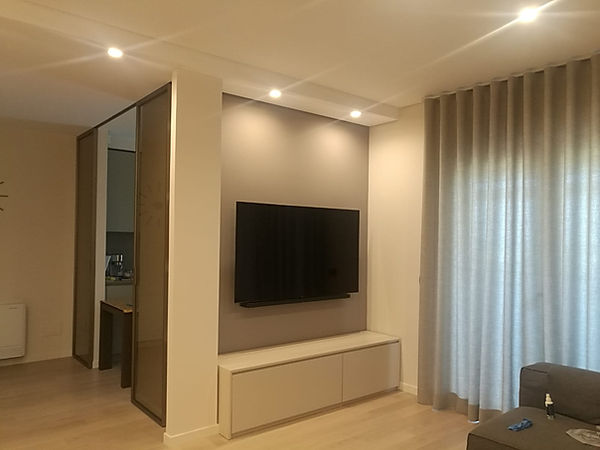 Mobile porta tv su misura moderno