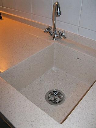 vasca su misura in corian, vasca su misura