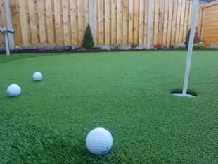 Synthetic Golf Putting Green