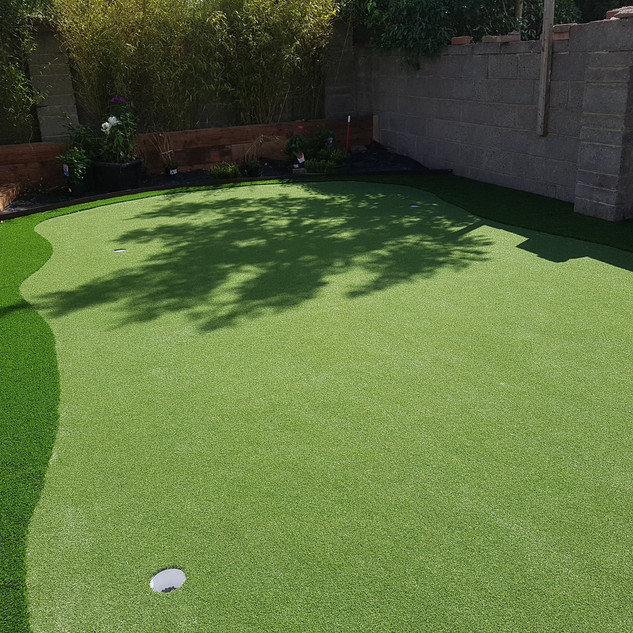 Synthetic Practice Golf Putting Green.jp