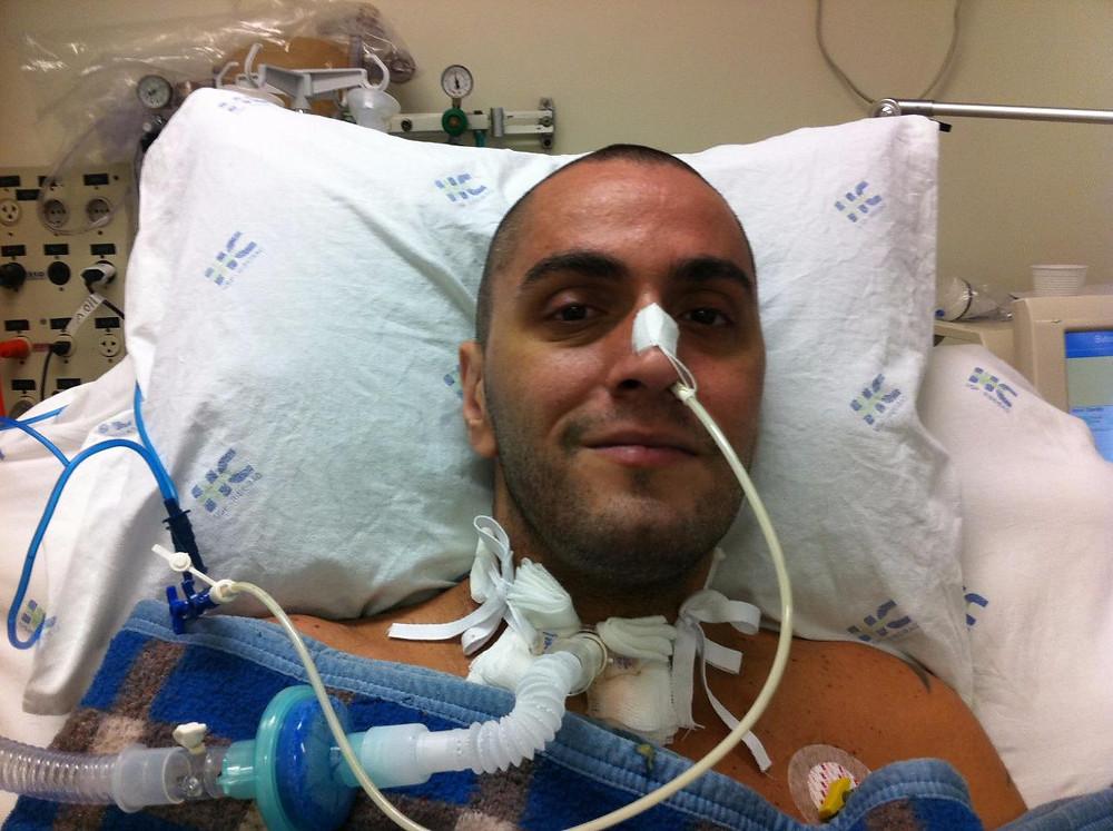 Renato na maquina de respiração