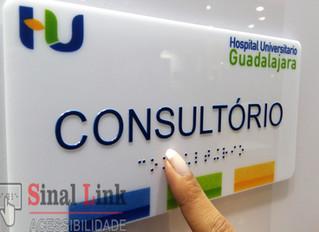 Placa de braille personalizada