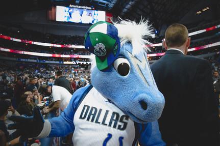 6.  Dallas Mavericks Champ.jpg