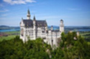 neuschwanstein-532850_640.jpg