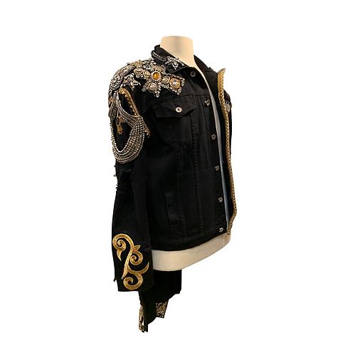 FINAL Maluma jacket SACRED MEDICINE fron
