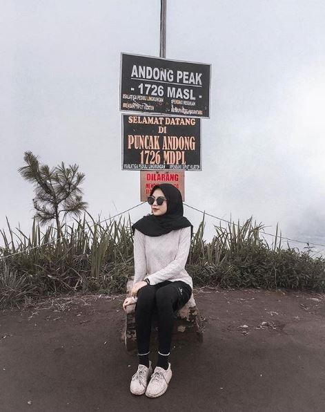 Travellerscantik naik gunung