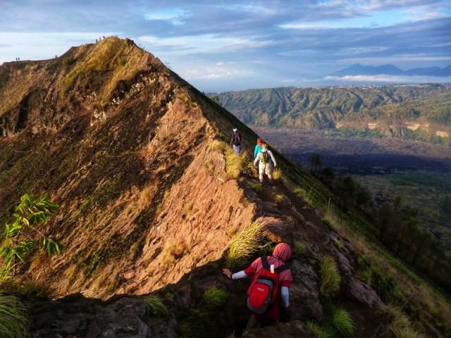 Pendaki Cantik Gunung Batur