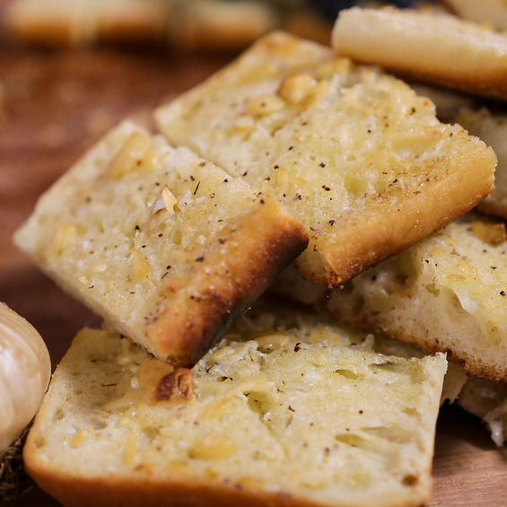 Smoked Garlic Bread
