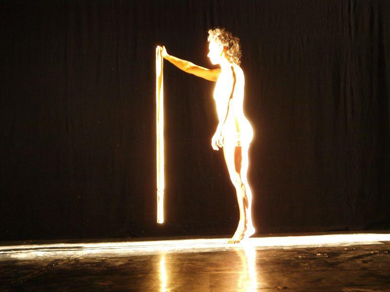 Light by Shahar Werchsson, photo by Tal Gluck רוני הלר