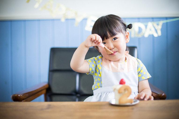2歳からのバースディケーキ付きフォト!