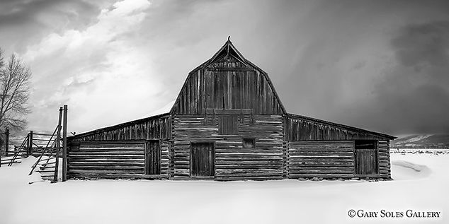 Teton Barn BW, tetons, mormon row, black and white photography, winter