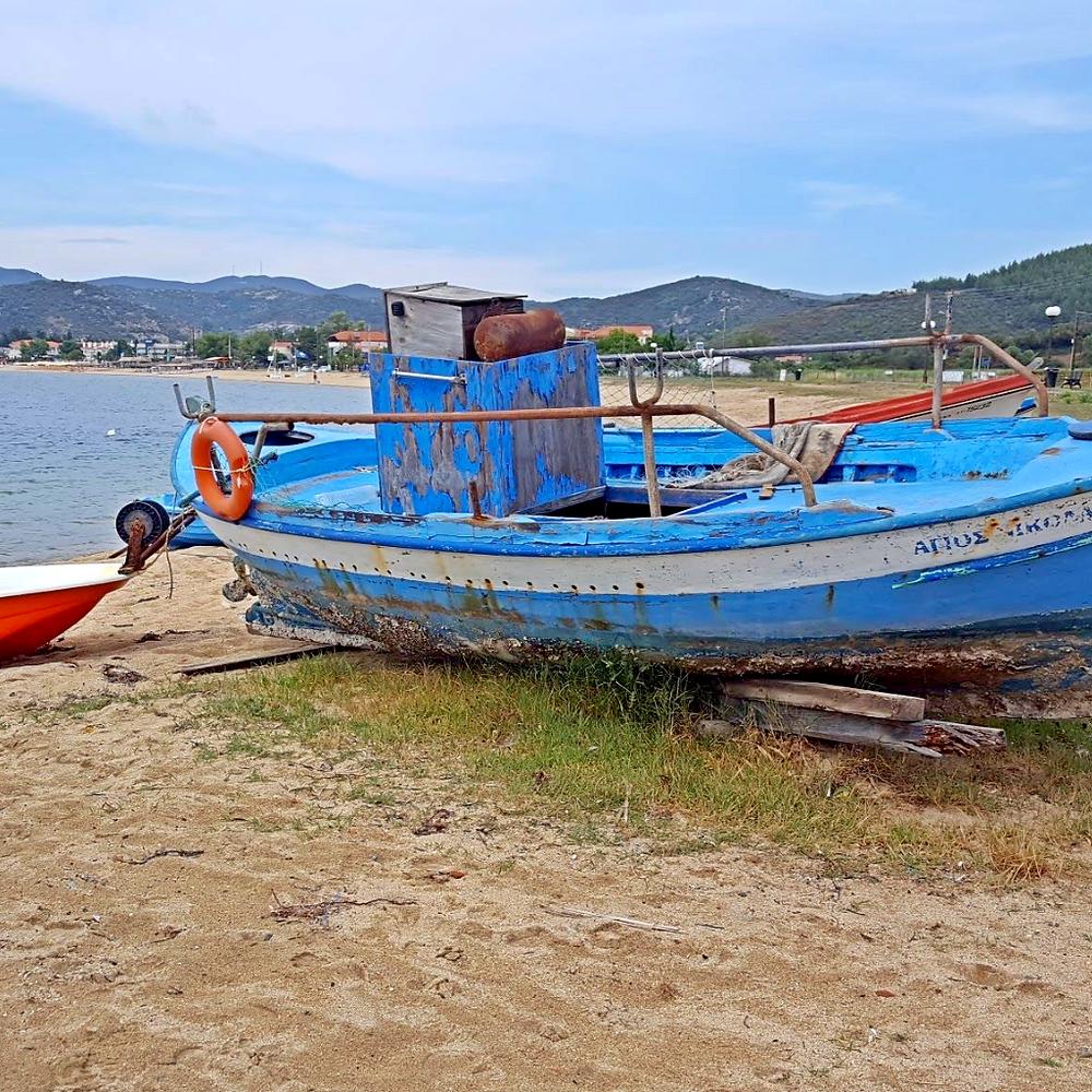 Abandoned boat - Neos Marmaras - Greece
