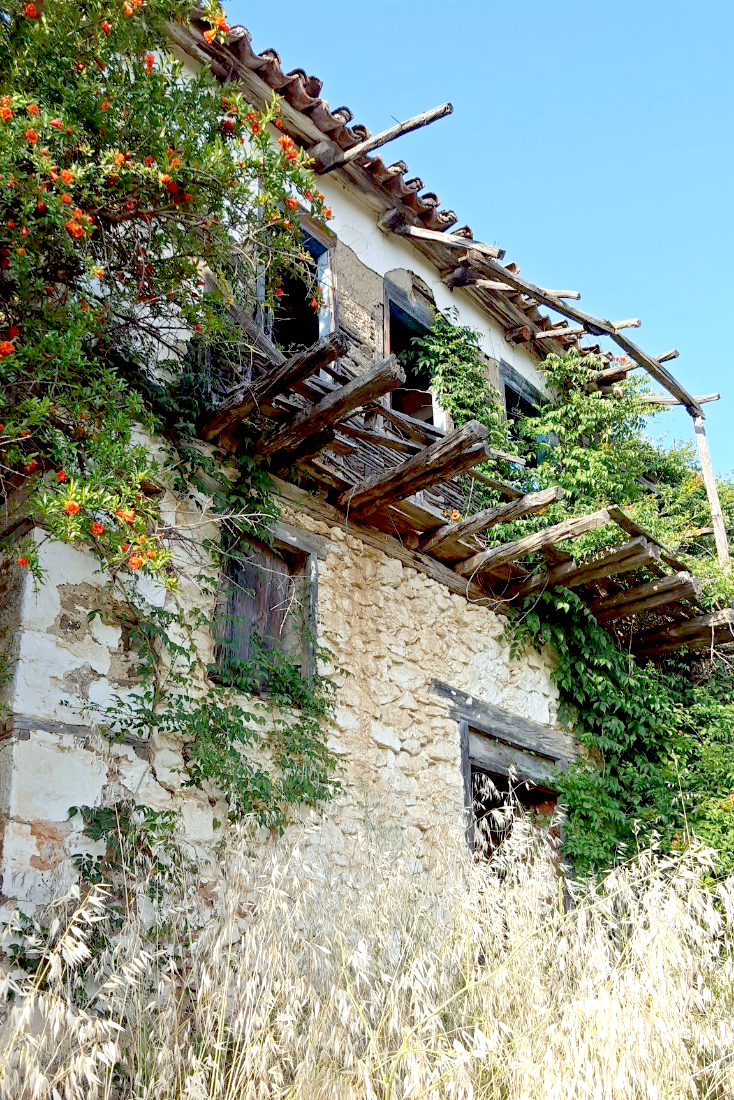 Abandoned house - Neos Marmaras - Greece