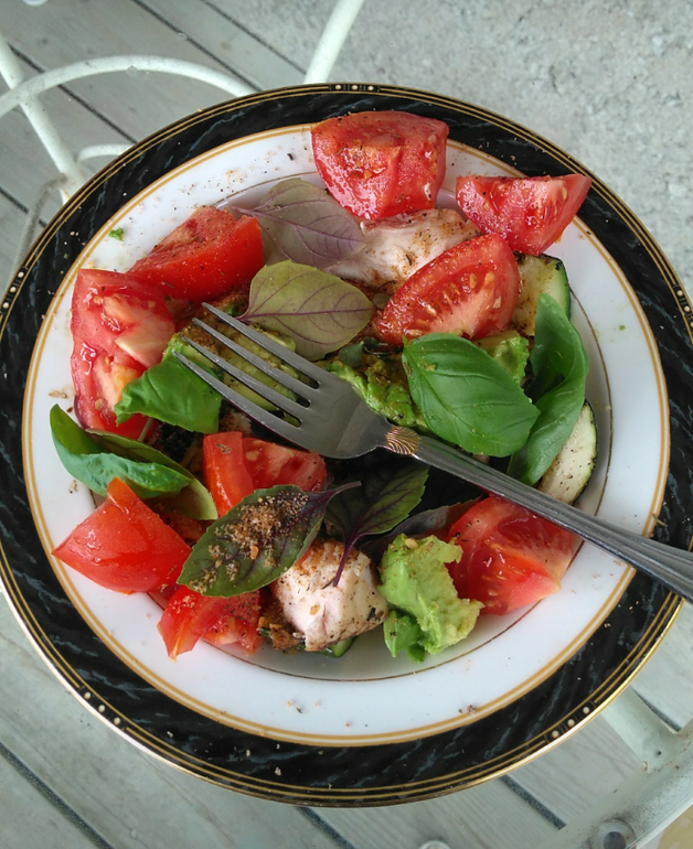 Simple vs. Restaurant Salad: What does Healthy Really Mean?