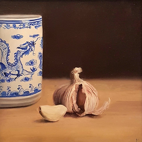 'Garlic Pot' by Louise Marks