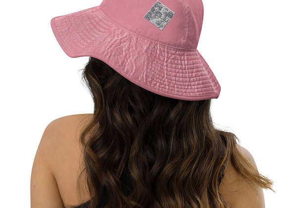 Wide brim bucket hat- in cloud9abstract reflections