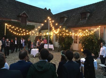 La guirlande lumineuse, l'effet indispensable du mariage guinguette !