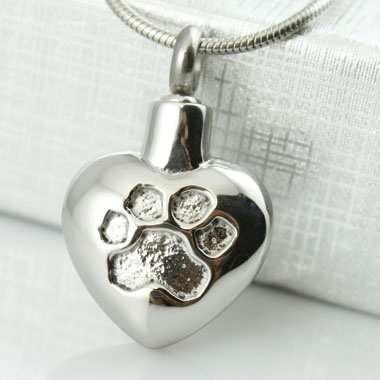 Charm Heart With Paw Print Impressio