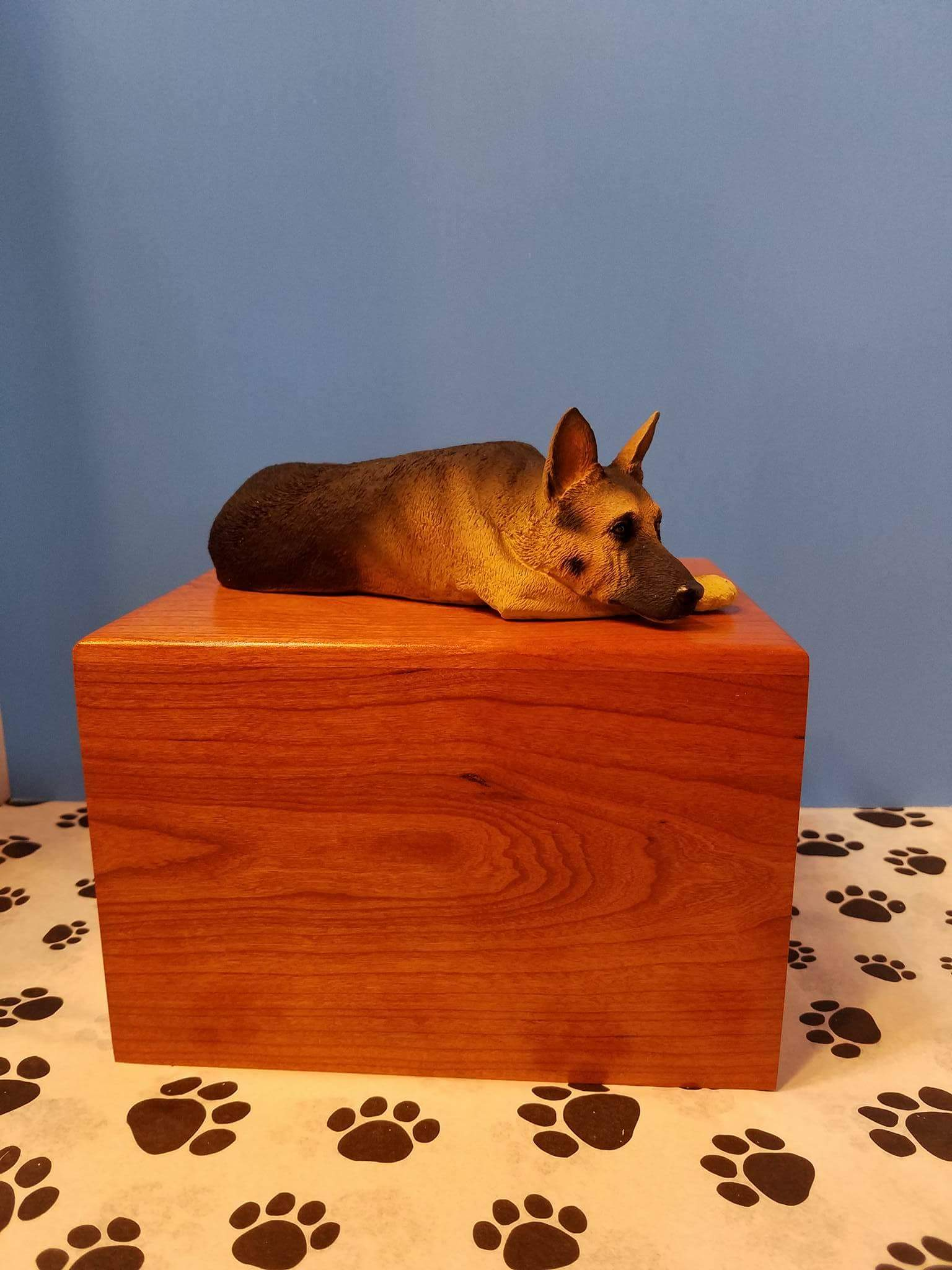 Breed Specific Urn