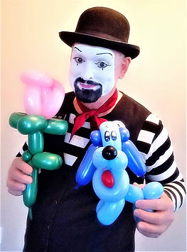 """Dallas Texas Magician Marty Westerman aka """"Mr. Mime"""" also performs close-up street and stage magic as well as balloon art for all ages."""