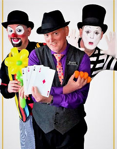 Dallas Texas Best all around professional close-up comedy street and stage magician, Traditional French Mime, magical Clown and balloon twister extraoidinary