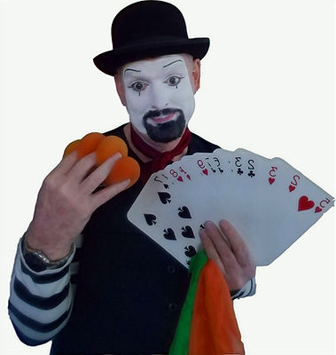 "Magician Marty Westerman Dallas Texas aka ""Mr. Mime"" traditional white face french mime who performs street magic, stage performances and if requested he can do awesome balloon animals for all ages to enjoy"