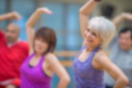 Il corso di ginnastica dolce è orientato a persone di tutte le età che cercano una praticaleggera e molto graduale per riprendere contatto col proprio corpo in modo adeguato alla propria condizione fisica.