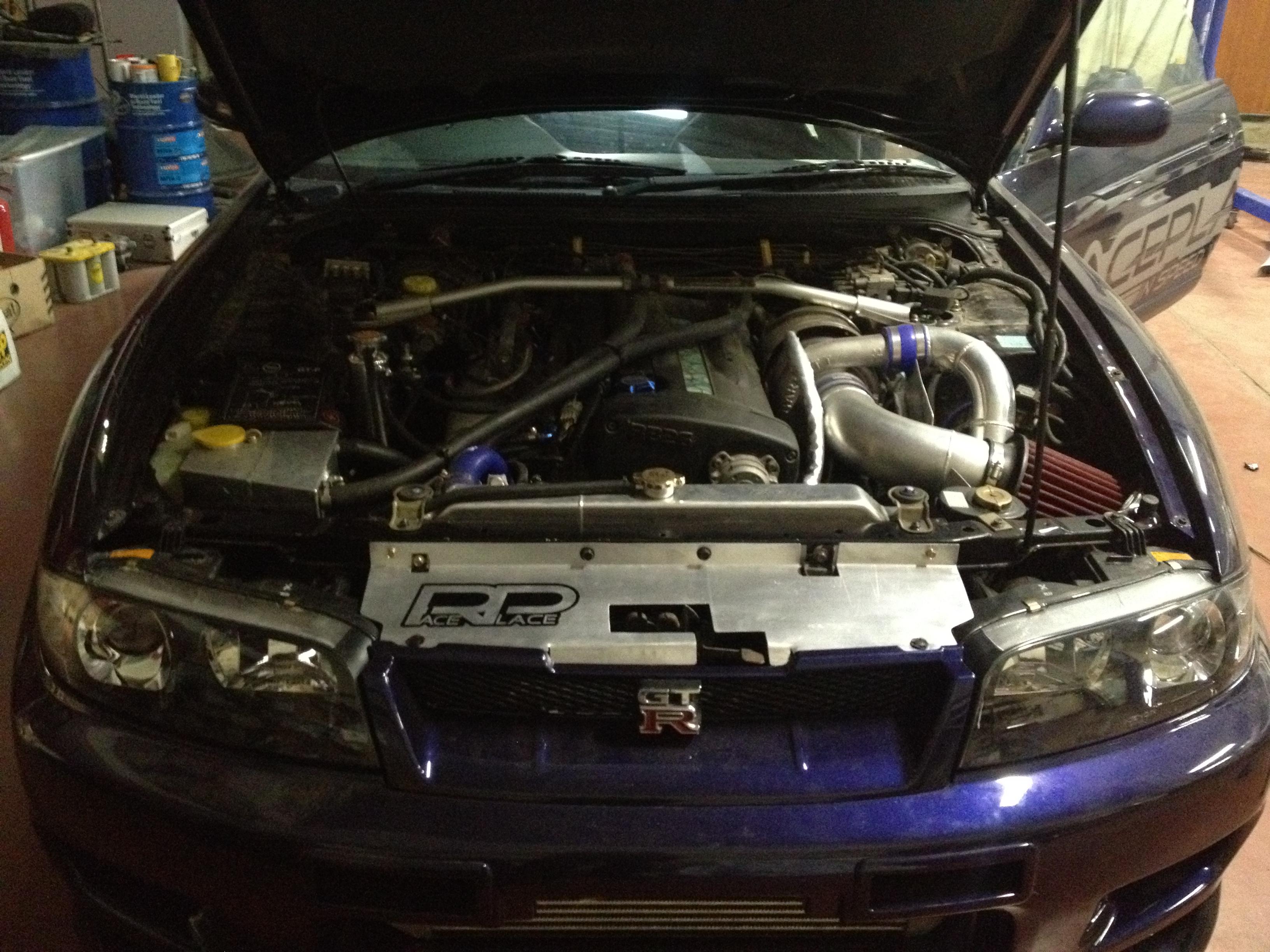 Nissan Skyline GTR-33