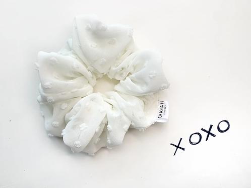 White   Chiffon Scrunchie   Chavah Lindsay   CL010
