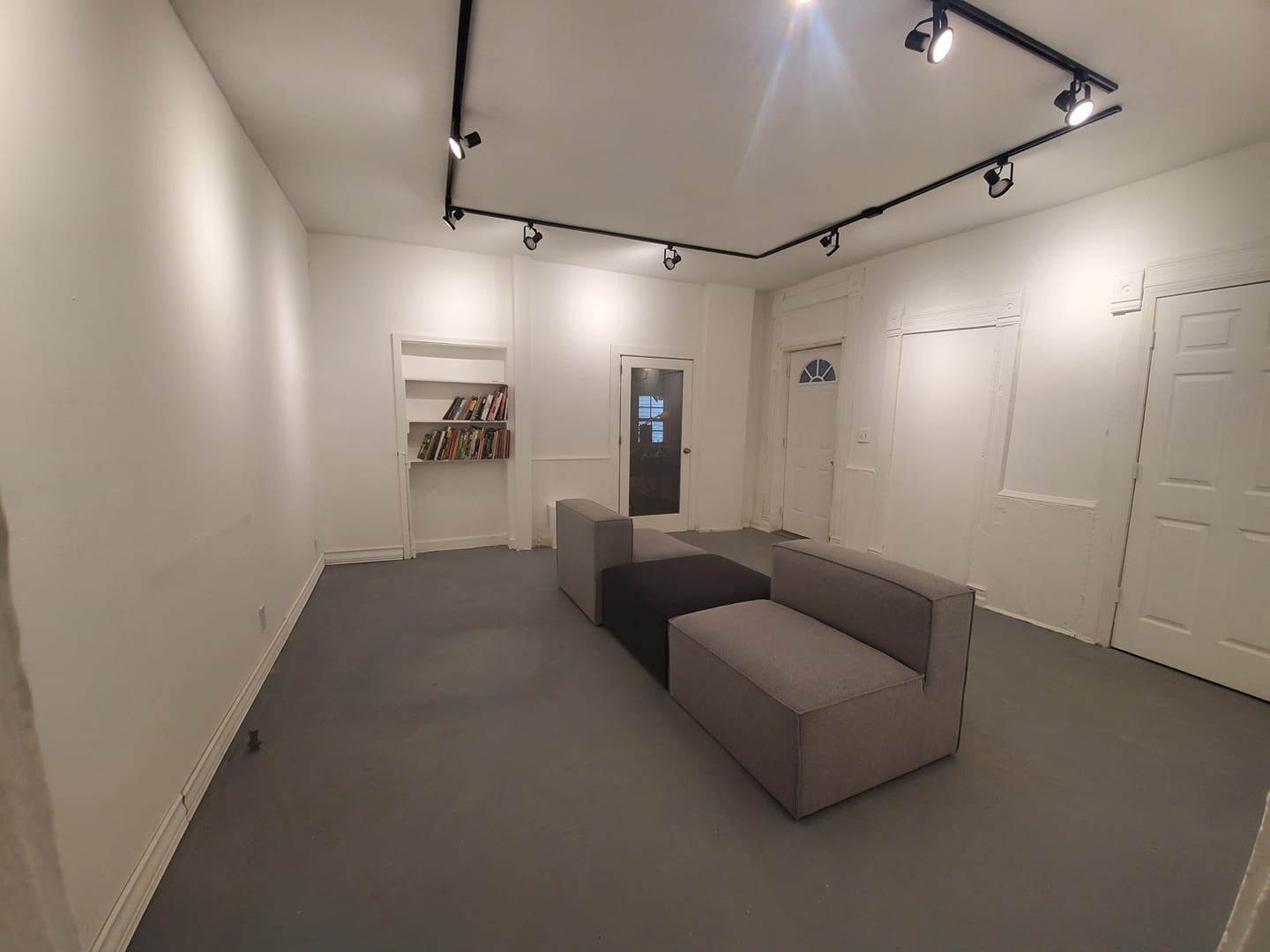 Gallery/classroom space