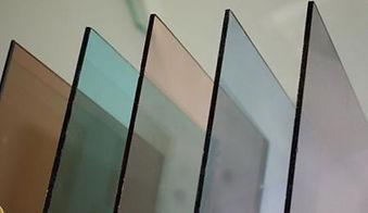 renkli camlar farkli kalinliklarda ve fa