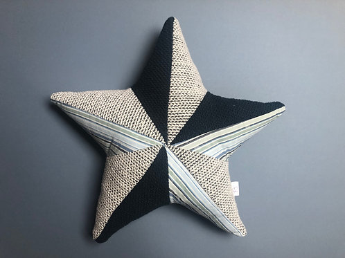 Memory cushion- patchwork star