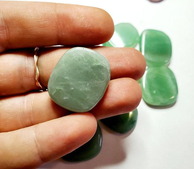 Green aventurine palm stone