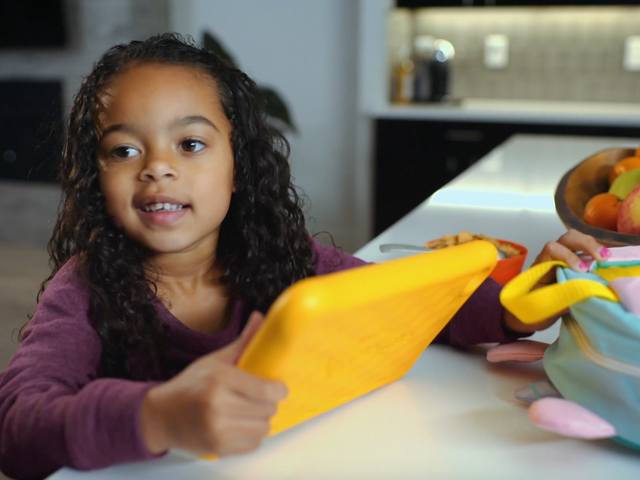 AMAZON Fire Kid's Edition Tablet {COMMERCIAL}