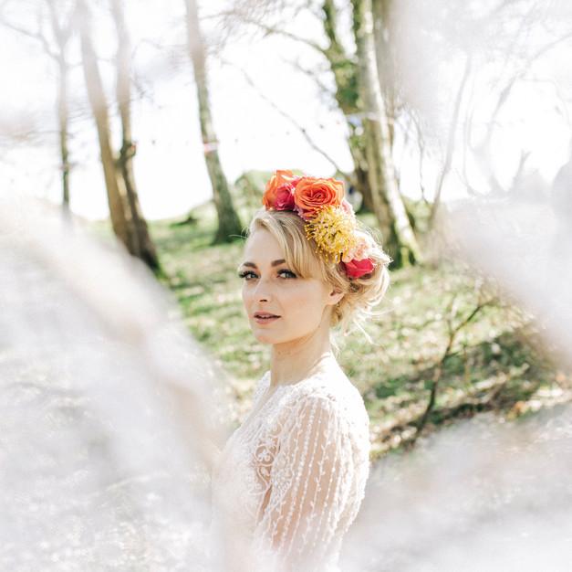 Boho_woodland_wedding_Jessica_hillier_fl