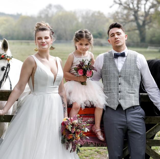 Jessica_Hillier_Floral_Design_Wedding_Country_Aztec_Outdoor_Dorset