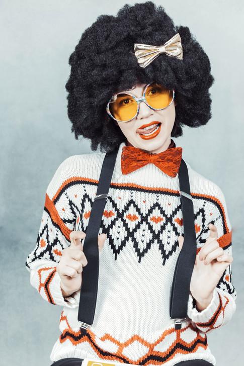 nerdy afro girl