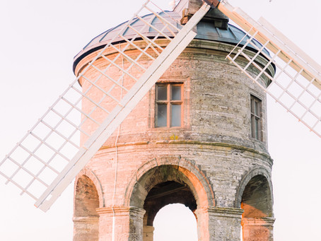 Chesterton Windmill Engagement Photoshoot