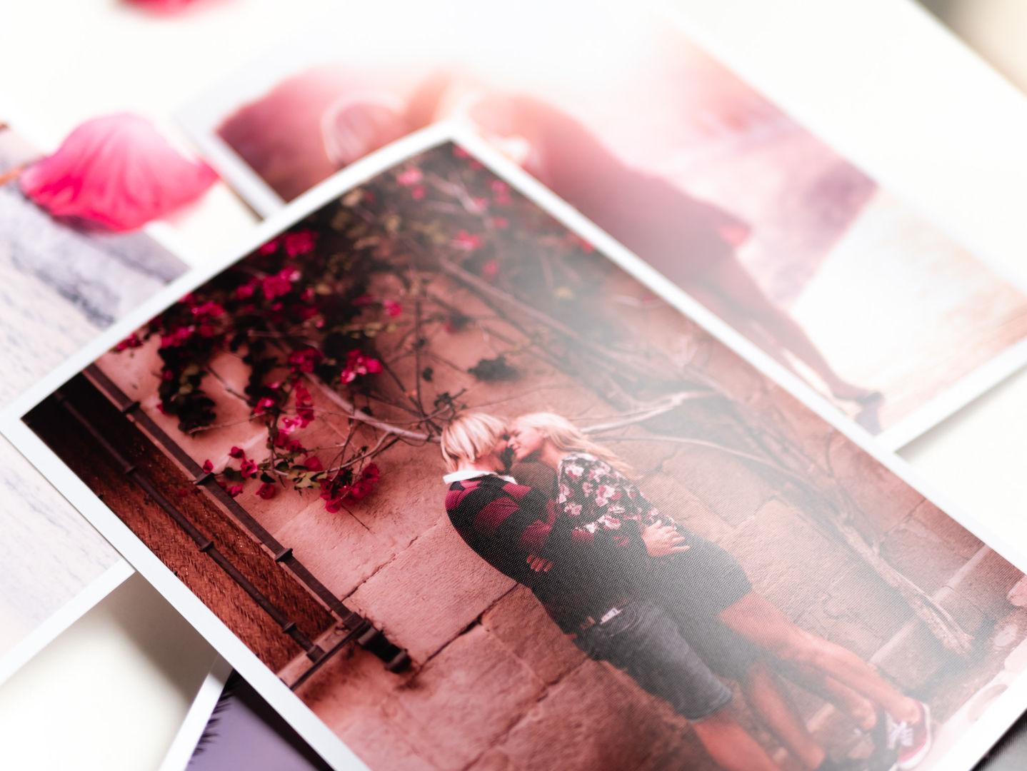 Sample photo box-1140325.jpg