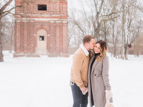 Couple Photoshoot in Snowy Winter