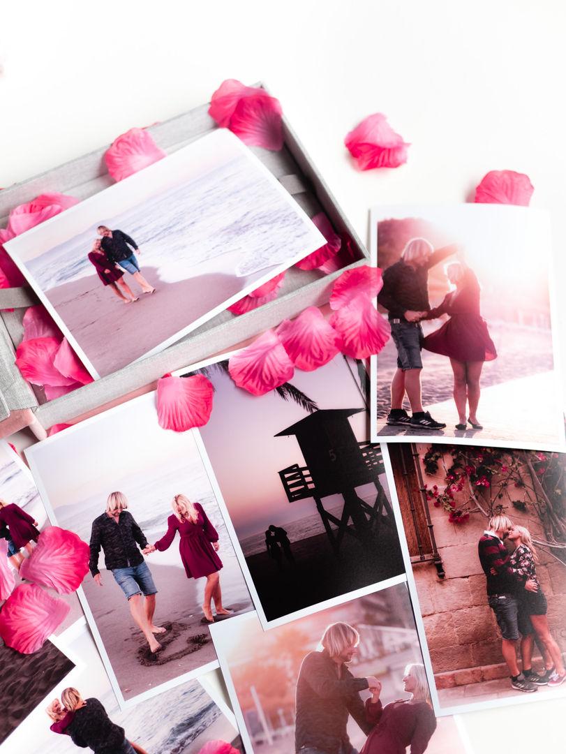 Sample photo box-1140321.jpg