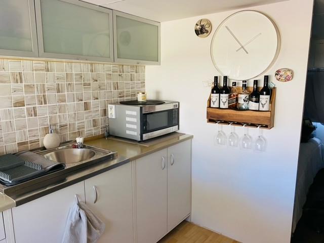 148 Kitchen 2.jpeg