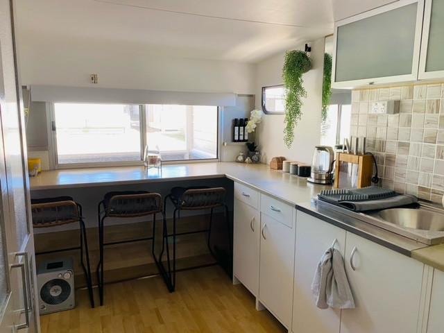 148 kitchen .jpeg