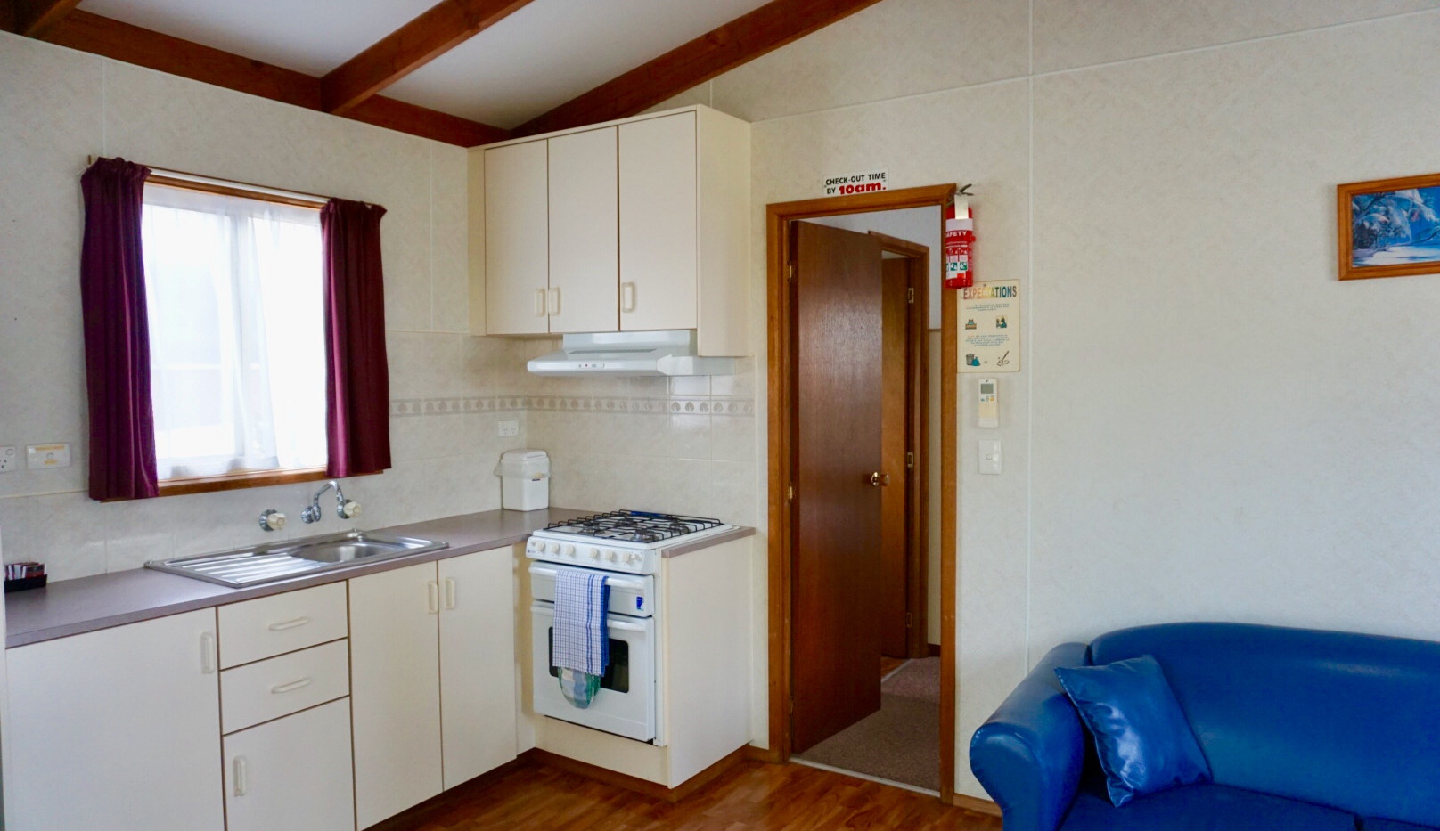 cosy cabin lounge kitchen