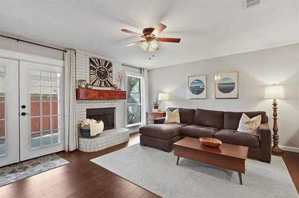 livingroom18.jpg