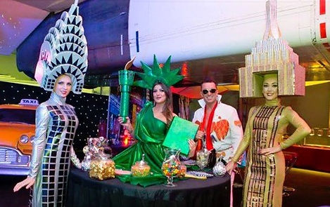 WinterWorks Entertainment - American theme - Statue of Liberty Living Table - Hospitality - Elvis Compere - Events