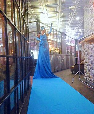 WinterWorks Entertainment - Blue Carpet Lady - Grand entrance - Events
